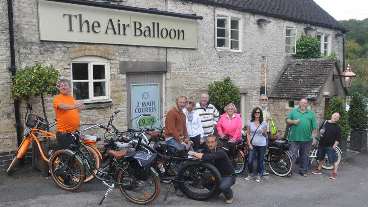 Pedego Cotswolds - Cotswolds Treasure Trails Electric Bike Tour
