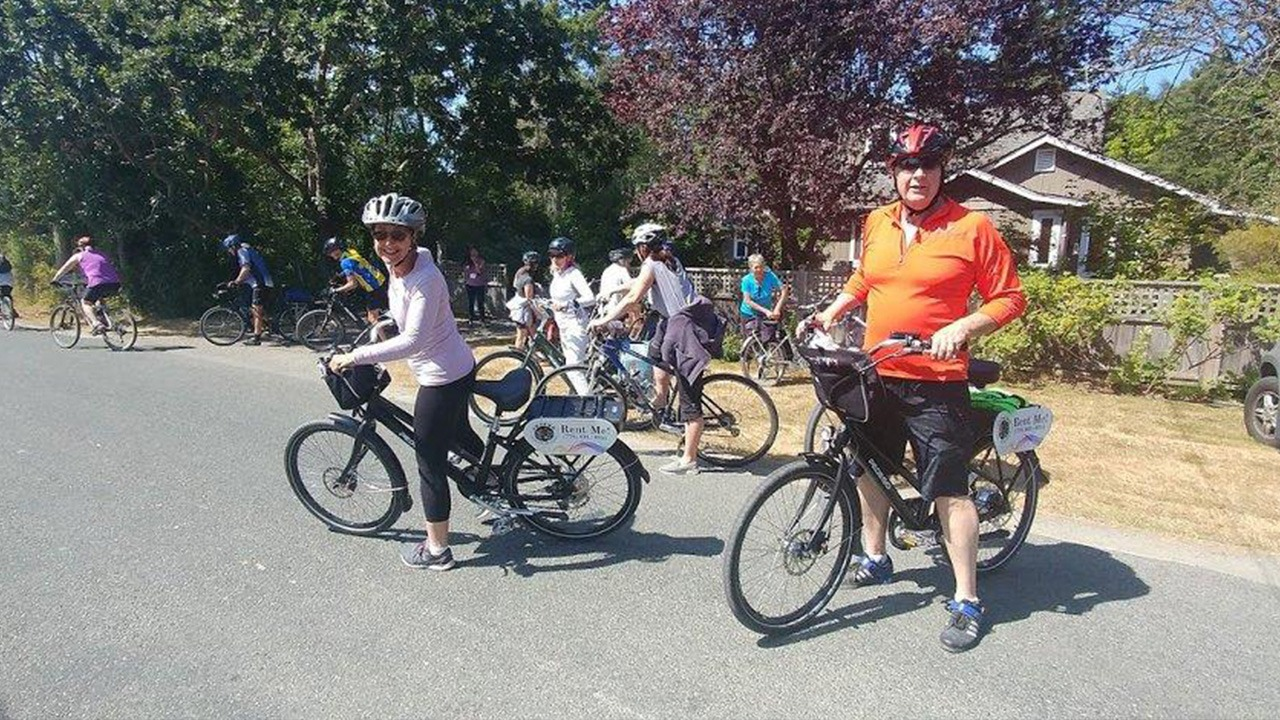 Pedego Victoria - Harvest Cycle Tour
